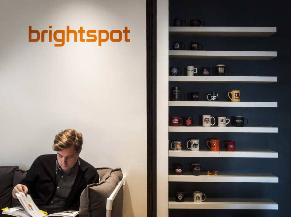 In the Porch area, clear and visible branding along with meaningful mementos immediately introduce the brightspot aesthetic and brand to visitors